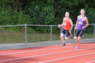 athletics-comp-3rd-sept-400m-rhys